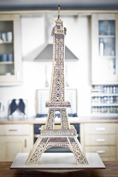 Chocadyllic_Eiffel-Tower-sophie-sheinwald